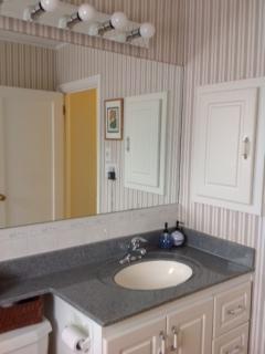 bathroombefore1