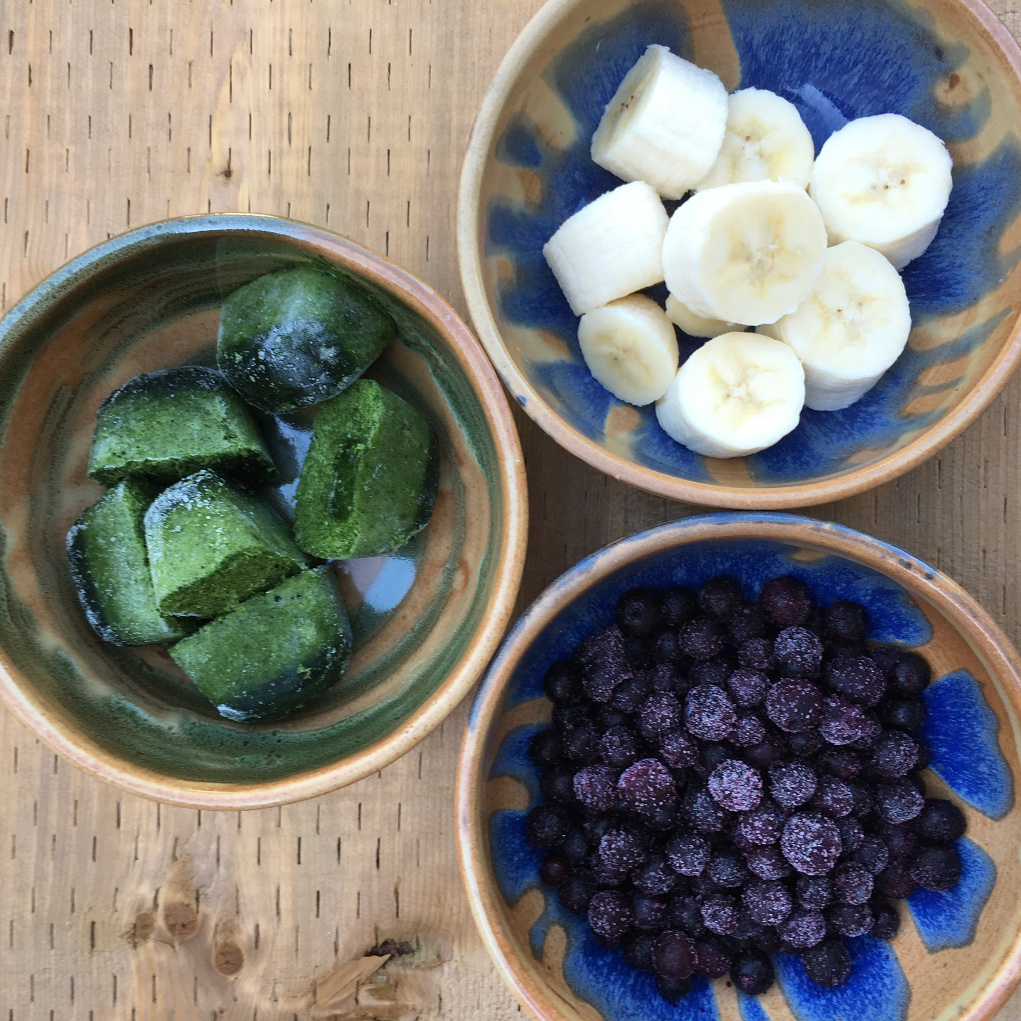 """""""blueberry spinach banana smoothie"""" by loopylocks"""