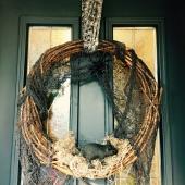 Halloween wreath by loopylocks
