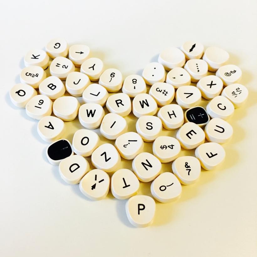 Papa's Typewriter Keys by loopylocks