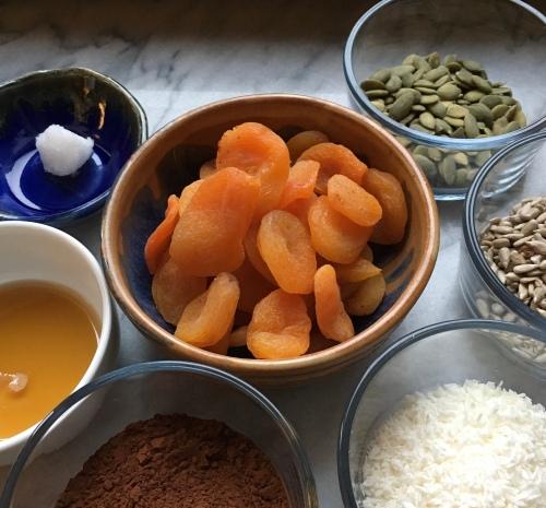 7 ingredient snack balls